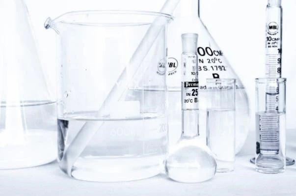 聽說化學好的人,杯子刷得更幹凈?