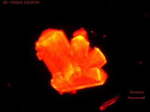 《Nature》:大力出奇迹,不可能变可能!重元素在高压下也能发生化学变化!